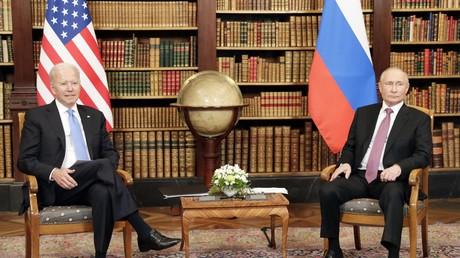 Joe Biden et Vladimir Poutine lors de leur rencontre à Genève (Suisse), le 16 juin 2021 (image d'illustration).