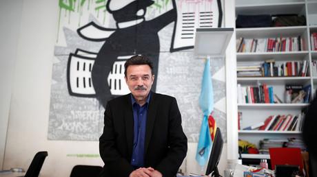 Edwy Plenel, cofondateur de Mediapart, dans son bureau le 12 mars 2019 à Paris (image d'illustration).