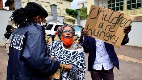 Ouganda : vive indignation après l'octroi d'une enveloppe de 25 millions d'euros aux députés