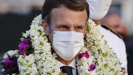«Egoïsme», «Irresponsabilité» : Macron tance les non vaccinés contre le Covid-19