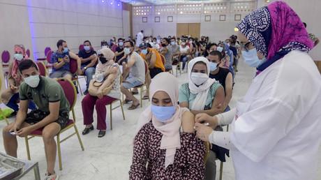 Covid-19 : la Tunisie évite de justesse la catastrophe sanitaire grâce à une large campagne de dons