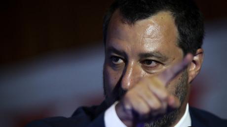 Matteo Salvini prononçant un discours lors du troisième congrès du parti portugais Chega à Coimbra le 30 mai 2021 (image d'illustration).