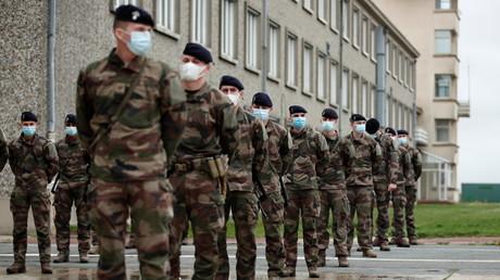 Des soldats de l'armée de terre française à Bretigny-sur-Orge, en région parisienne, le 1er novembre 2020 (image d'illustration).