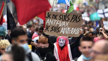 Manifestation contre le pass sanitaire à Brest, le 7 août 2021.