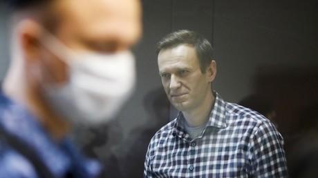 L'opposant russe Alexeï Navalny lors d'une audience en appel, à Moscou (Russie), le 20 février 2021.