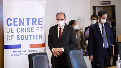Jean Castex arrivant au Centre de crise et de soutien à Paris le 24 août.