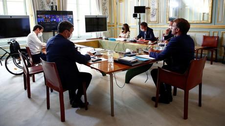 Emmanuel Macron prend part au sommet du G7 du 24 août 2021, en visioconférence depuis l'Elysée (image d'illustration).