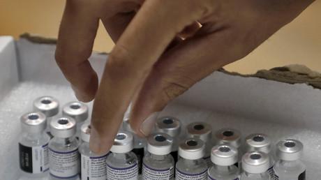 L'efficacité des vaccins Moderna et Pfizer-Biontech chuterait à 66% face au variant Delta selon une étude américaine (image d'illustration).