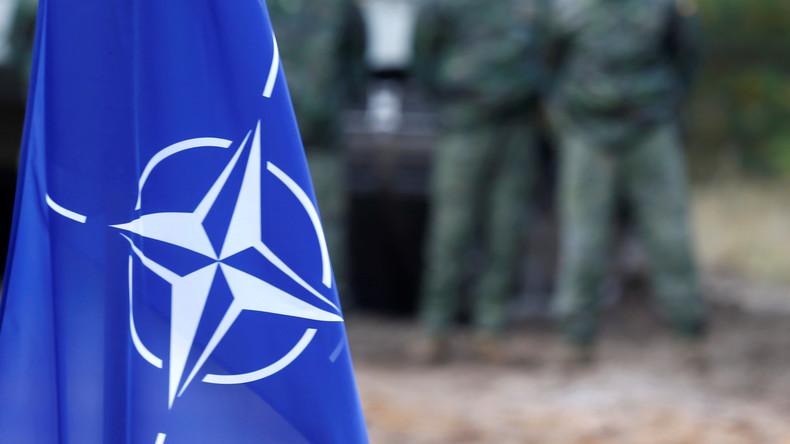 Affaire des sous-marins : des candidats à la présidentielle prônent la sortie de la France de l'OTAN