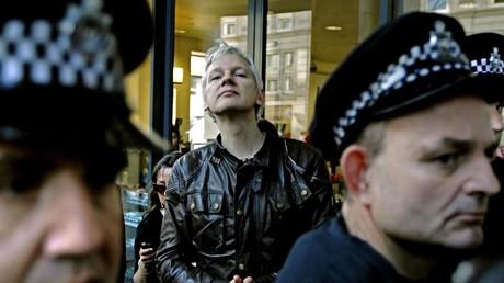 «Libérez Julian Assange» : conférence de soutien au journaliste à la fête de L'Humanité