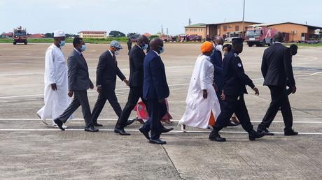 Les envoyés de la Cédéao le 10 septembre, arrivant à Conakry.