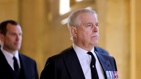 Affaire Epstein : le prince Andrew notifié de la plainte pour abus sexuels déposée contre lui