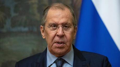 Covid-19 : Lavrov appelle la Commission européenne à ne pas politiser la question du vaccin