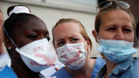 Personnel soignant : pour Karine Lacombe, si «on ne veut pas se faire vacciner, on change de métier»