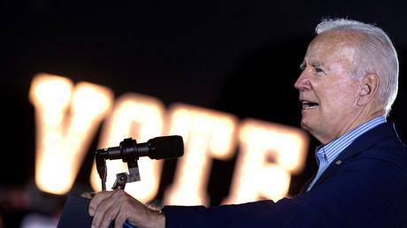 L'Arizona porte plainte contre l'obligation vaccinale décrétée par Joe Biden