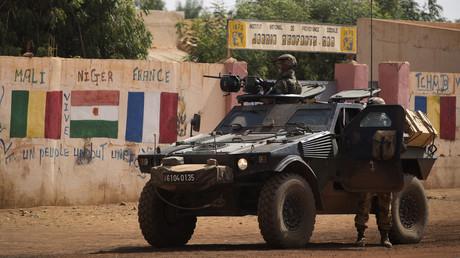 Des soldats français patrouillent dans les rues de Gao, Mali, en février 2013 (image d'illustration).