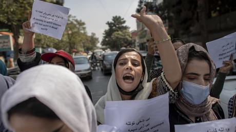 Des femmes afghanes manifestant pour leurs droits devant le ministère des Affaires féminines, à Kaboul, le 19 septembre 2021 (image d'illustration).
