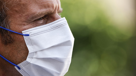 Les soignants ayant diffusé le QR Code de Macron ont été «identifiés», selon l'Assurance maladie