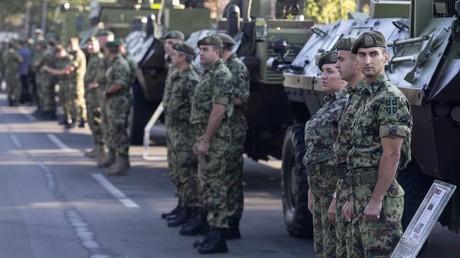 La Serbie dénonce de nouvelles «provocations» du Kosovo, son armée en état d'alerte