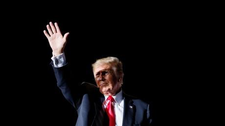 L'ancien président américain Donald Trump, lors de son rassemblement à Des Moines dans l'Iowa, le 9 octobre 2021.
