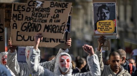 Des milliers de personnes manifestent en Suisse contre les restrictions anti-Covid