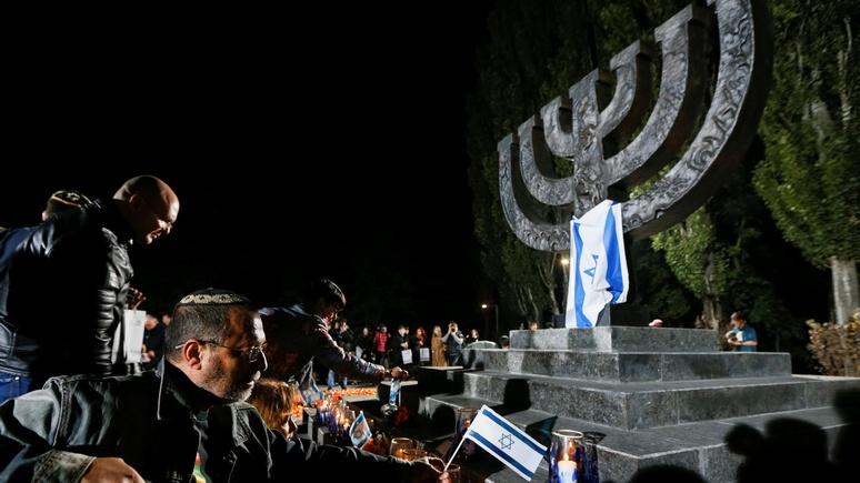 JDD: из мемориала «Бабий Яр» под Киевом делают «холокост-Дисней»
