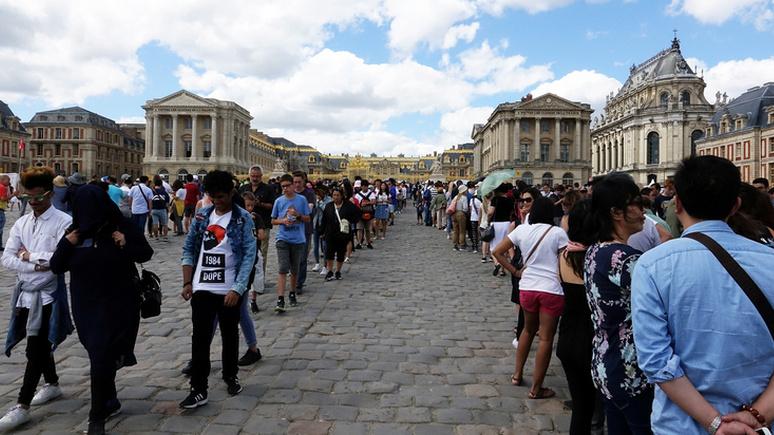 Главный редактор Causeur: «драгоценный подарок» коронавируса — свобода от массового туризма