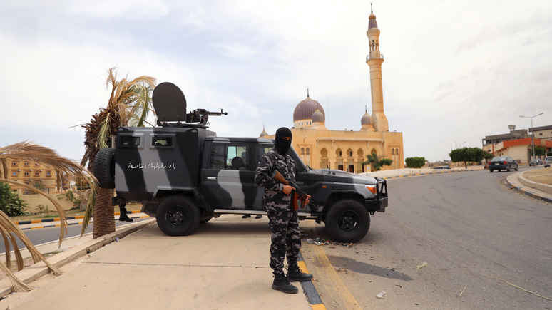 Le Monde: Париж, Рим и Берлин призвали прекратить иностранное вмешательство в Ливии