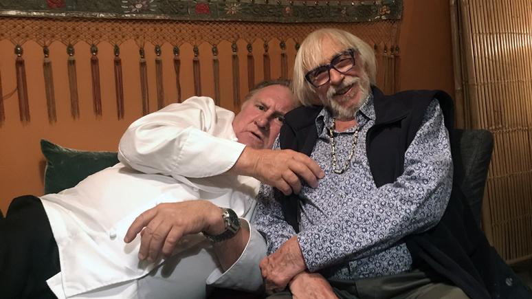 La Dépêche: любовь к вину и России — Депардье и Ришар сделали общее фото в честь многолетней дружбы