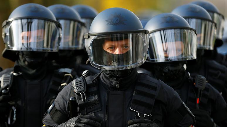 Deutschlandfunk: расизма в немецкой полиции можно было бы избежать при наличии должного контроля