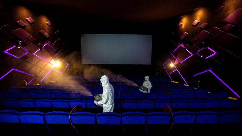 Guardian: эпидемия COVID-19 обрекает кинотеатры на исчезновение