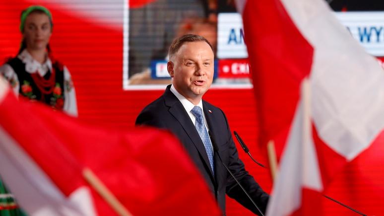Welt: чтобы остаться президентом, Дуда заигрывает с противниками ЕС в Польше