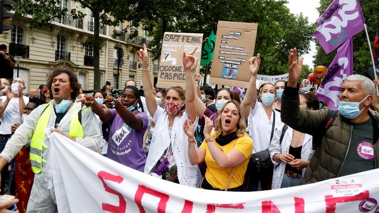 «Не трудности, а конец света» — обозреватель Le Figaro о грядущих последствиях пандемии для Франции