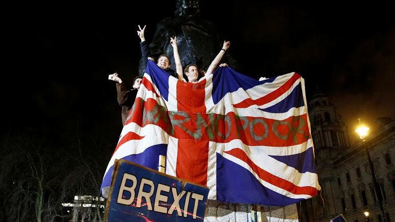 Bloomberg: «экономическая катастрофа» — в Германии считают провал переговоров по брекситу «почти неизбежным»