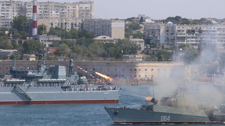 Лiга.net: Украина пожаловалась генсеку ООН на парад ВМФ России в Крыму