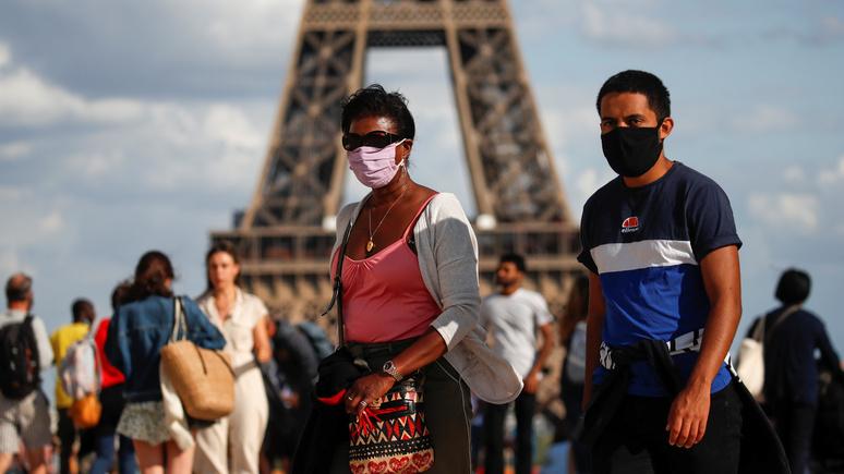 Оскорбления, нападения и убийства — Le Figaro рассказала, чем заканчиваются во Франции требования надеть маску