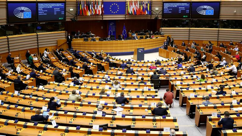 Deutschlandfunk: депутаты Европарламента потребовали введения санкций против Белоруссии