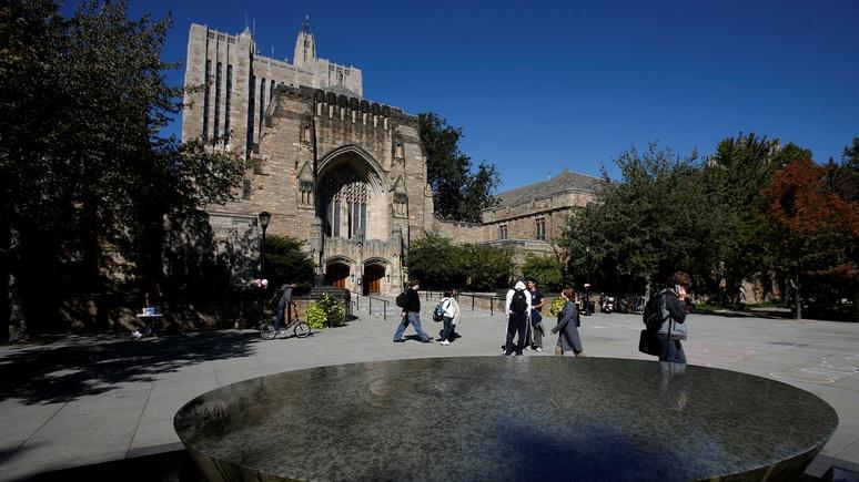 CNN: Минюст США обвинил Йельский университет в дискриминации белых и азиатов