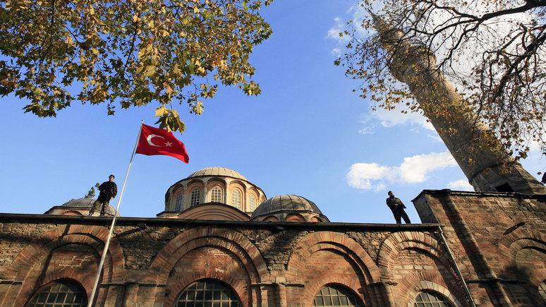 Valeurs actuelles: не только Святая София — Эрдоган превращает в мечеть ещё одну знаковую христианскую церковь