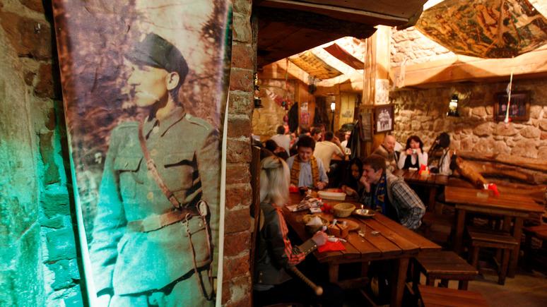 Вести: вместо борща на Украине теперь в моде вареники с крабом