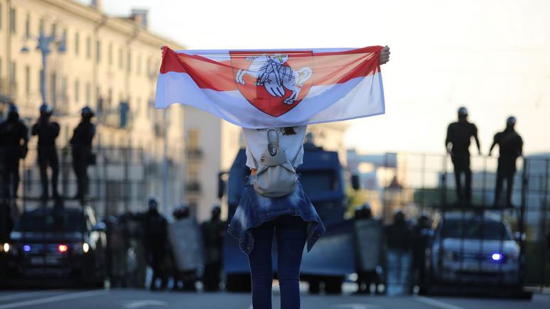 «Сбросят Лукашенко — будет, как у нас, в Польшу поедут»: украинцы рассказали, что думают о Белоруссии