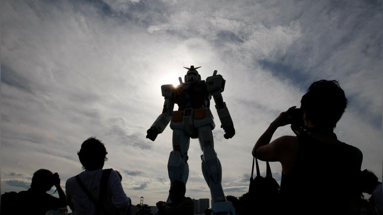 Guardian: двигает рукой и приклоняет колено — в Японии показали шагающего гигантского робота