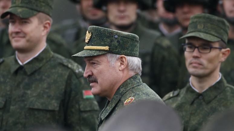Polskie Radio: Путин разрешил Лукашенко пугать врагов российской армией