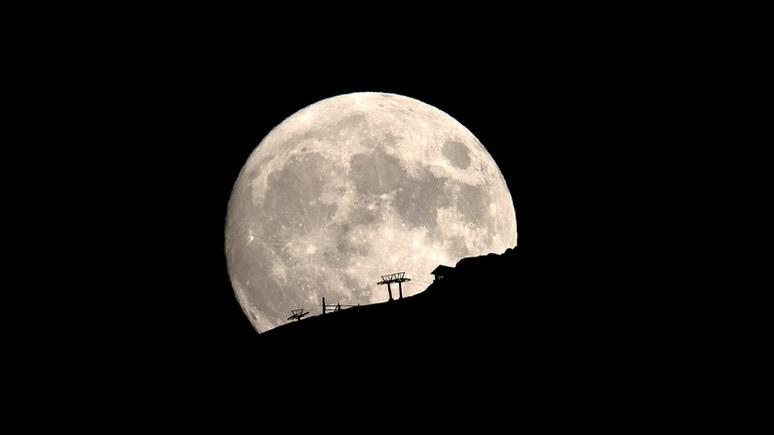 CP: «всеобъемлющего господства» ради — США планируют строить военные базы на Луне