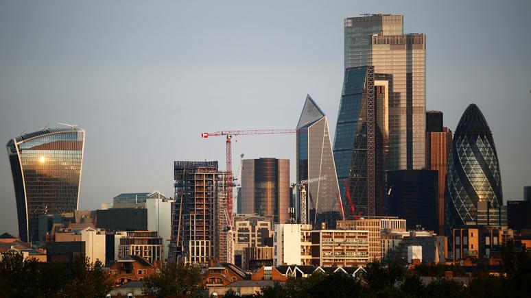 Le Monde: Брюссель вынуждает банки переезжать из лондонского Сити в ЕС