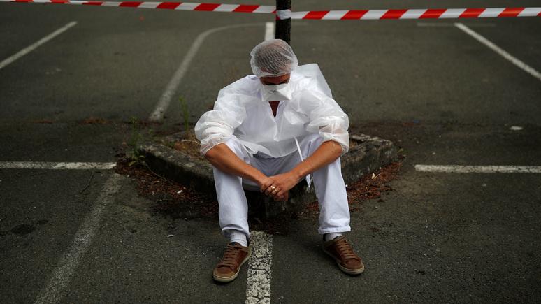 «Эпидемия стала последней каплей» — французские медработники массово задумались о смене профессии
