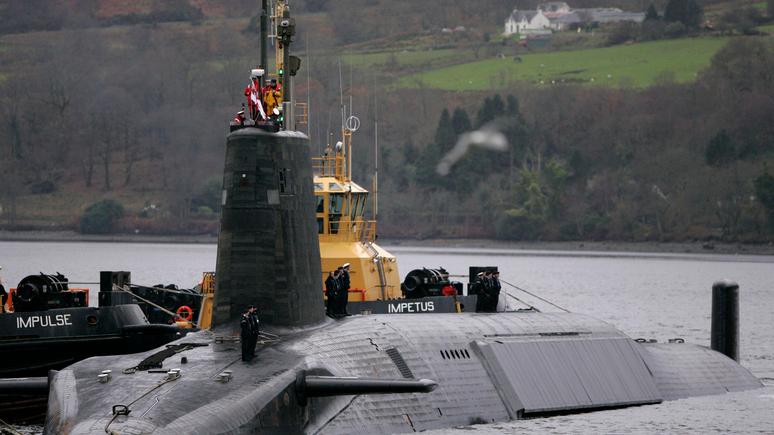 Sun: угрожал жизням миллионов — британский офицер пытался управлять подлодкой с ядерным оружием «навеселе»