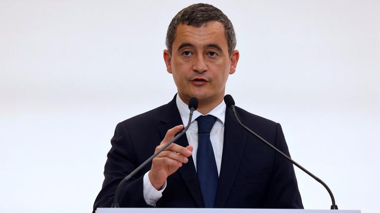 Ouest-France: глава французского МВД распорядился выдворить из страны более 200 радикальных исламистов