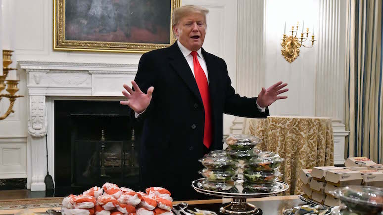 WP: за симпатиями американцев кандидаты на пост президента США идут в рестораны быстрого питания