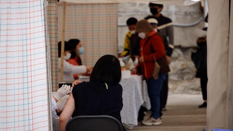 DT: после 25 смертей в Южной Корее врачи призвали приостановить вакцинацию населения от гриппа